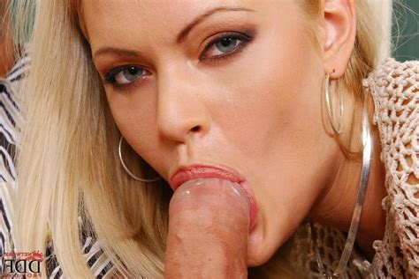 topless porn tube