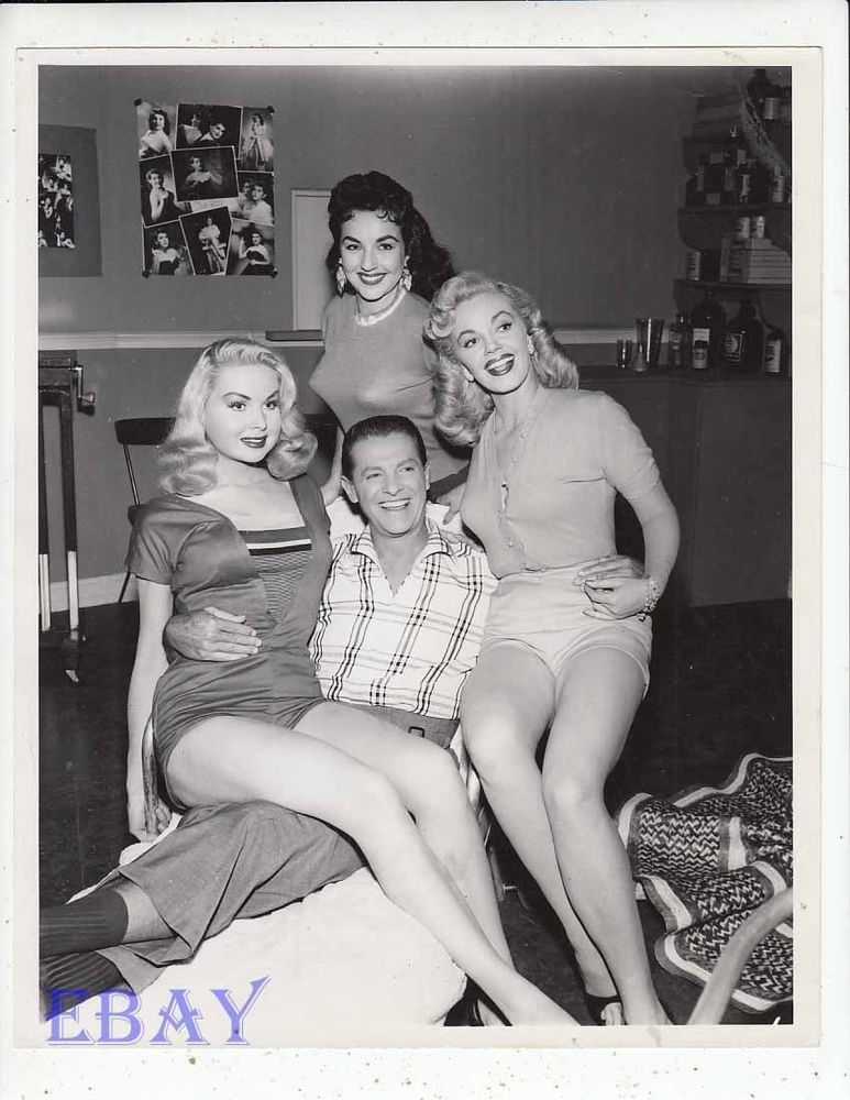 Vintage busty babes